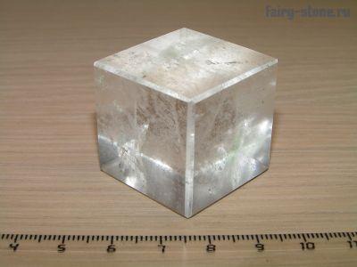 Куб из камня горный хрусталь (30мм)